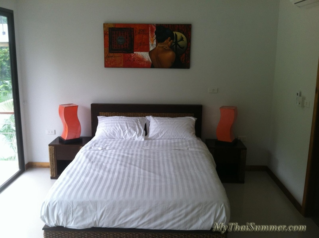 2 bedroom townhouse with common swimming pool  in 850 meters to Choeng Mon beach (house 22)