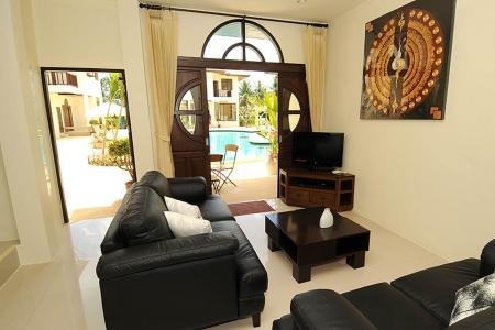 2 bedroom Villa in Resort with common swimming pool