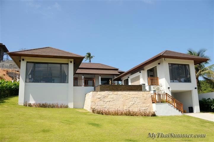 Luxurious 3 bedroom villa, located in 500 meters to Choeng  Mon beach (3)