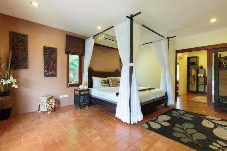 Spacious  villa with 5 bedrooms and private swimming pool, Chaweng