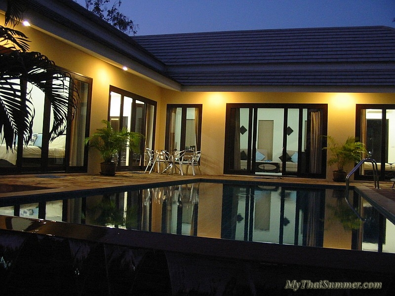 3 bedroom villa with private swimming pool, located in 5 minutes of driving to Chaweng beach