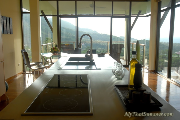 3 bedroom seaview holiday home