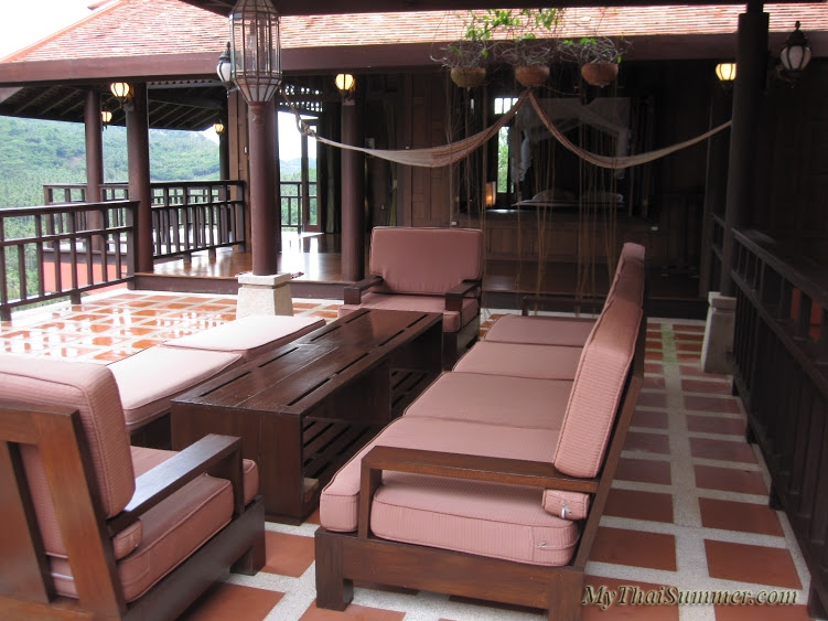 Thai style 3 bedroom villa with private swimming pool