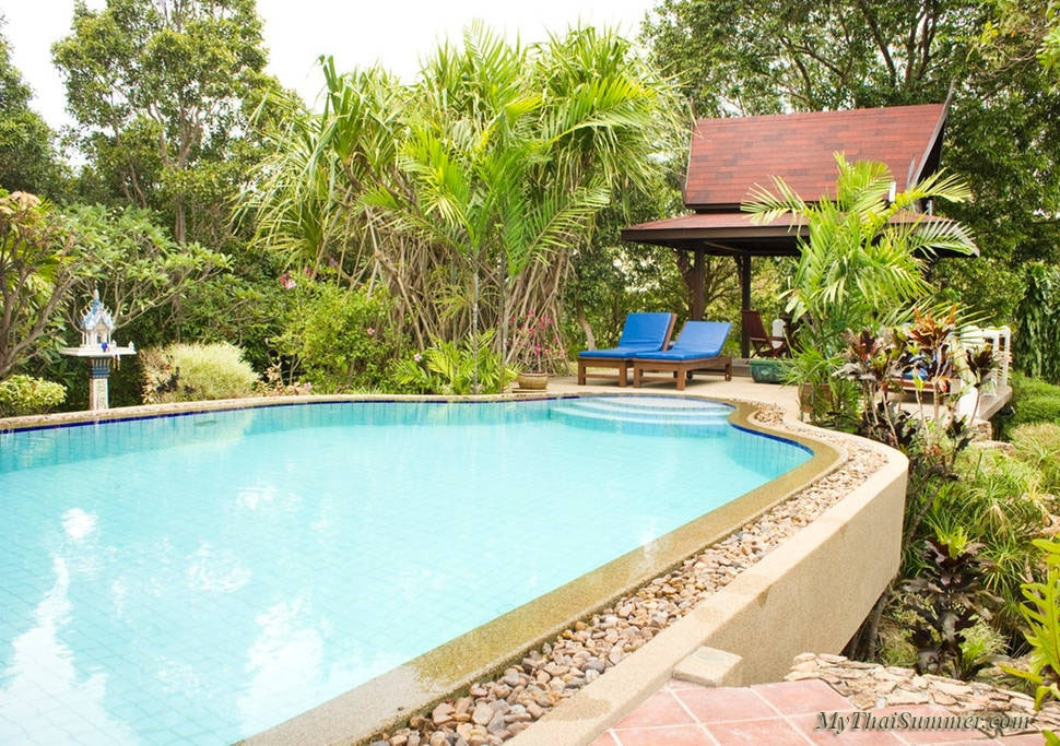 3 bedroom villa with private swimming pool