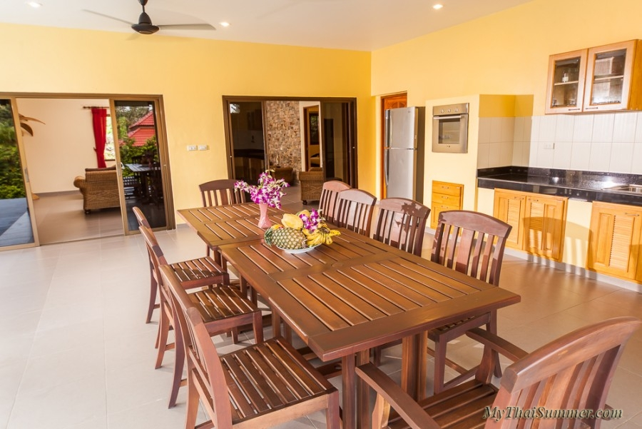 3 bedroom villa with private swimming pool, situated in Bang Por.