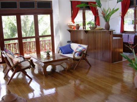 Budget 3 bedroom house, situated in Bang Po hills