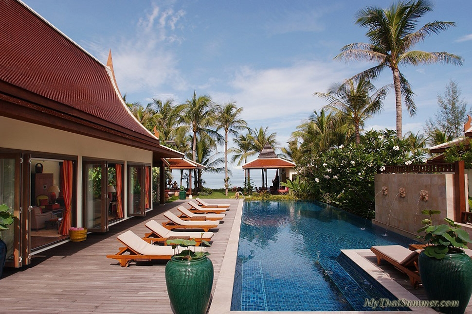Luxury 5 bedroom beachfront villa  with private swimming pool