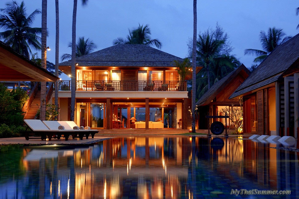 Luxury 6 bedroom villa beachfont