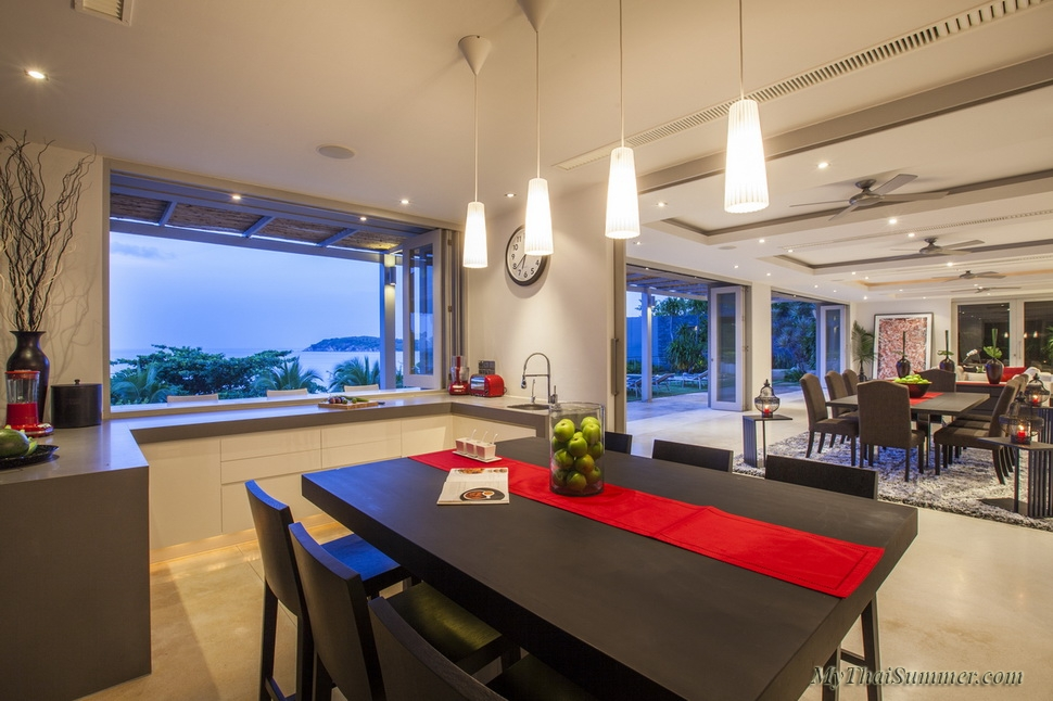 Luxury 6 bedroom  villa, located on Chaweng Yai beach (1-2 bedrooms occupancy)