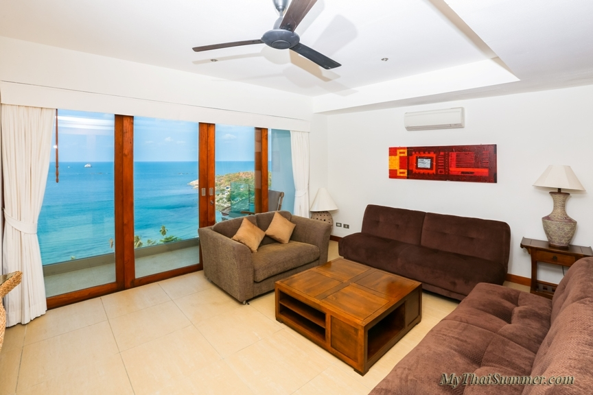 Luxury 6 bedroom villa, located in 750 meters to the beach