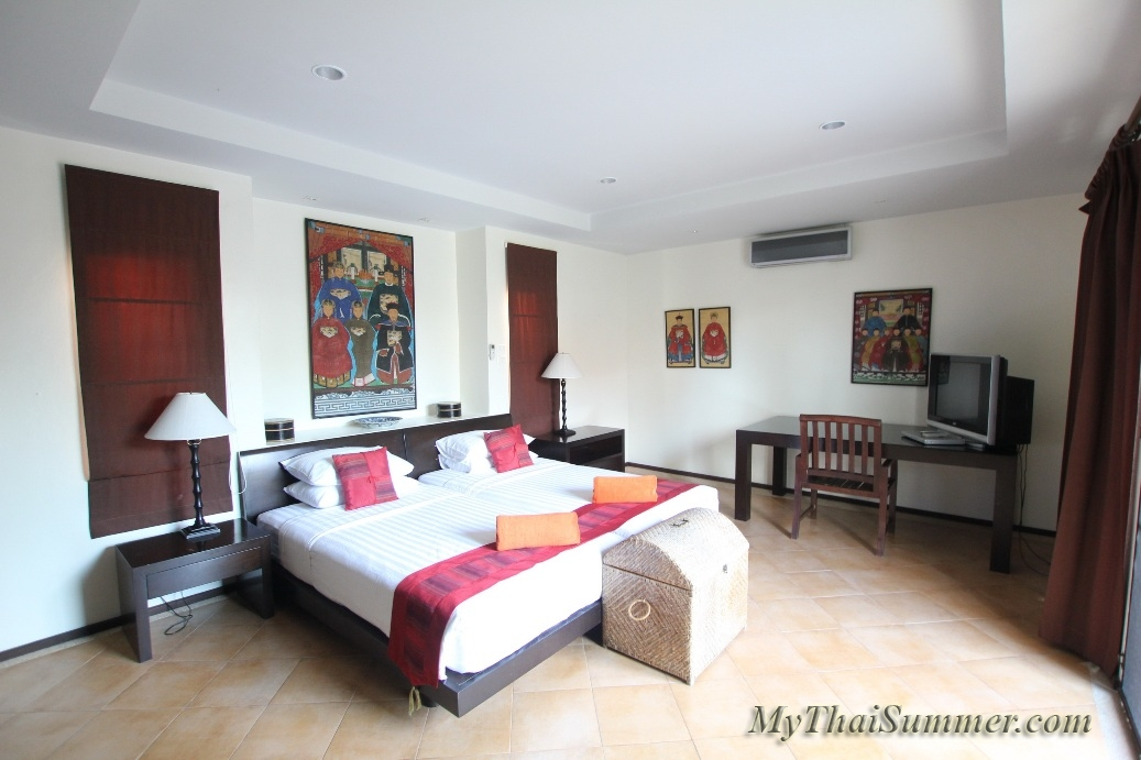 2 bedroom villa with private swimming pool, located in 350 meters to Bangrak beach