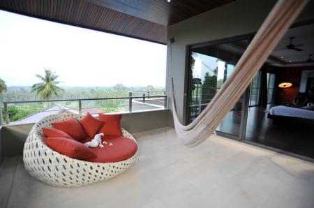Luxury 6 bedrooms seaview villa ( 4 bedroom occupancy)