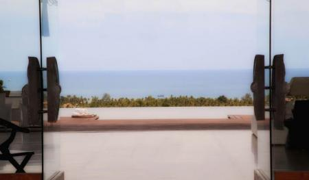 Luxury 5 bedroom villa with 180 degree panoramic sea views (3 bedroom occupancy)