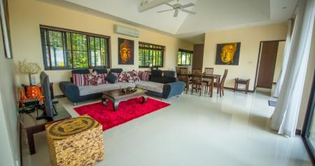 Luxurious 5 bedroom ocean view villa with private pool and jacuzzi, located in the foothills of Chaweng Noi