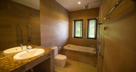 Luxurious 5 bedroom ocean view villa with private pool and jacuzzi, located in the foothills of Chaweng Noi (3 bedrooms occupancy)