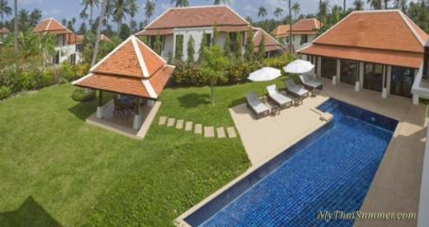 Two bedroom villa, located in secured complex in 350 meters from the beach