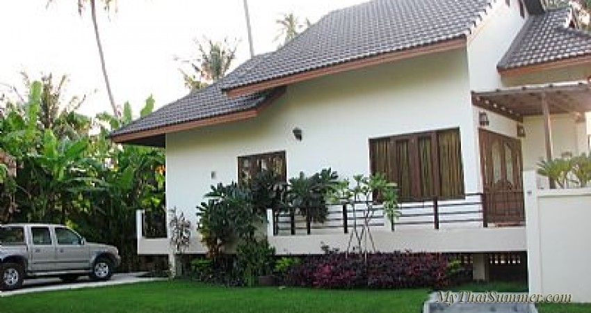 Two bedroom villa for rent, located in 90 meters from the beach