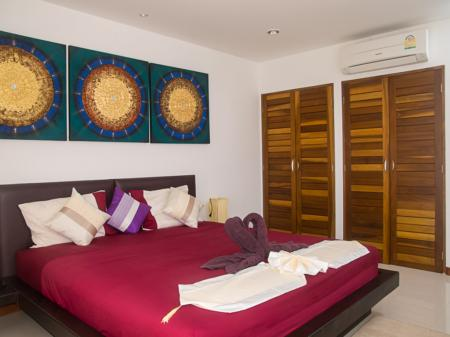 2 bedroom penthouse apartment with private pool and sea view, located on Lamai hills