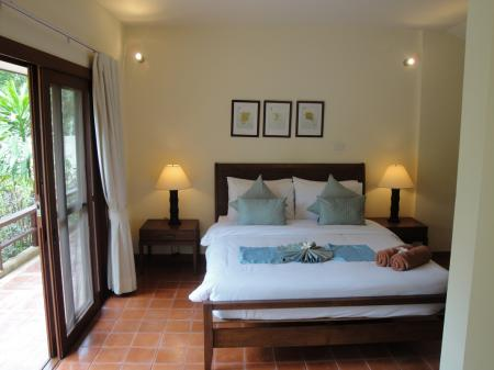 3  bedroom villa in walking distance to Choeng Mon beach